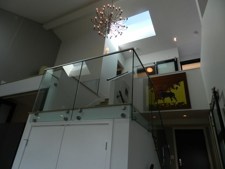 Glass House Image 8